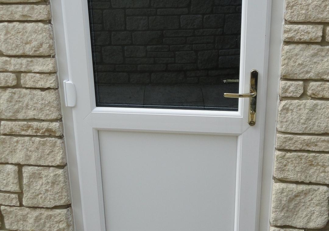 Mitchell-back-door1