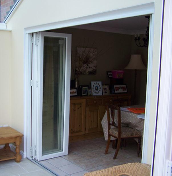 bi-fold-doors-001